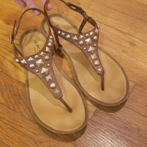 Kenneth Cole Reaction Studded Sandals